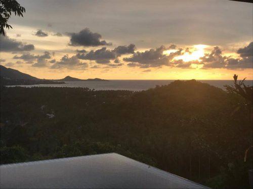 Villa Little Paradise Studio - Sunrise over the Hottub